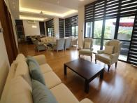 This fabulous property is one of Colombo 7's finest.  Offered for rent furnished or unfurnished, the 5000 sq.ft. property is beautifully finishe...